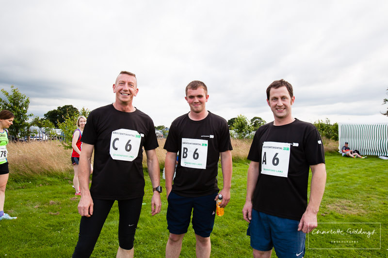 grocontinetal male running team at whitchurch whippets running event at dearnford lake