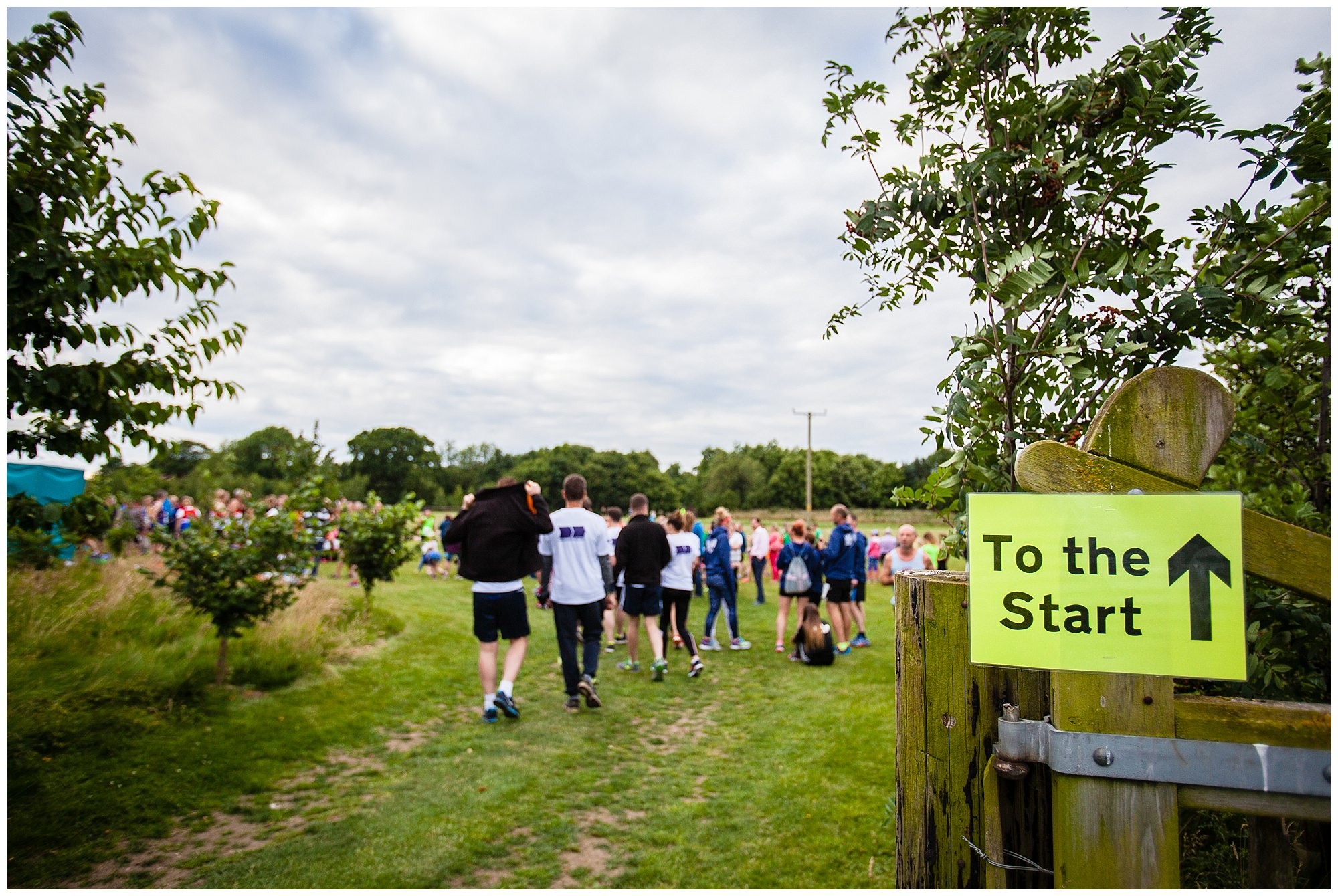 people walking to the start at aldeford lake 2017 - charlotte giddings photography