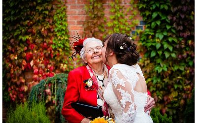 TIPS FOR YOUR FAMILY PHOTOS ON YOUR WEDDING DAY